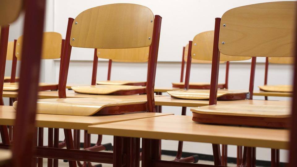 classroom-824120_960_720